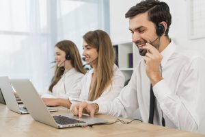 Enhancing Customer Service – Excellence Call Centre Image