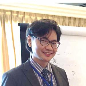 Trainer Dr. Alvin