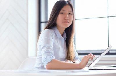 businesswoman working office 144627 37799